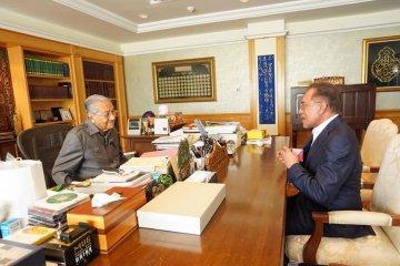 Anwar Ibrahim bertemu Mahathir bicara transisi kekuasaan Malaysia