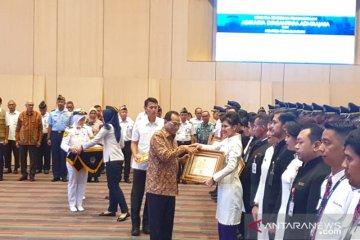 Menhub beri penghargaan kepada pilot dan kru Batik Air