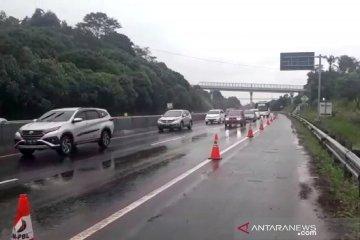 Polisi pastikan arus kendaraan di Tol Cipularang KM 118 sudah normal