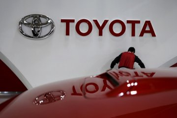 Pabrik Toyota di China mulai beroperasi kembali