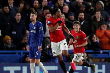 MU curi tiga poin di markas Chelsea