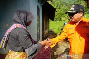 Pemkab Garut siap relokasi rumah warga Sukamaju yang ditimpa longsor