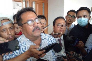 Mantan Wagub Banten Rano Karno bantah terima uang Rp1,5 miliar dari Wawan