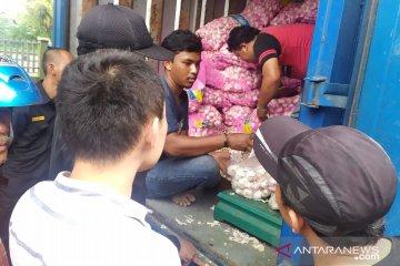 Disperindag Jabar siapkan 16 ton bawang putih untuk operasi pasar di Cianjur