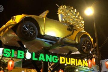 Sensasi tempat makan durian ala cafe pertama di Medan