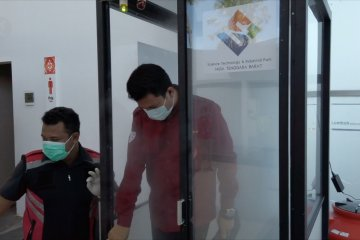 Bilik disinfektan IKM STIP Lombok terpasang di objek vital