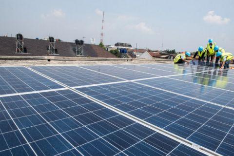 Bakal dimasifkan, ESDM godok peraturan panel surya untuk rumah tangga