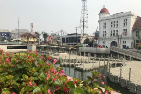 Kali Besar Kota Tua Jakarta kini mirip Cheonggyecheon di Seoul