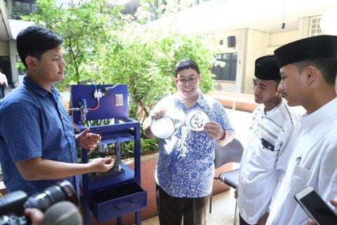Pengmas Universitas Pancasila kepada Santri Yayasan Nurul Amanah