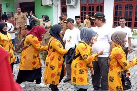 Bupati Asahan lepas 222 kolektor PBB menuju kota Palembang