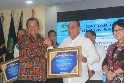 Pemkab Samosir peroleh penghargaan dari Menteri Keuangan atas raihan WTP