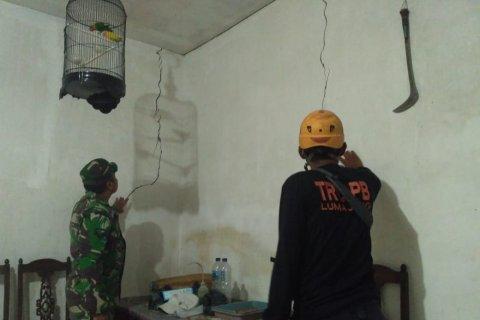 Belasan rumah retak akibat gempa Gunung Lemongan Lumajang