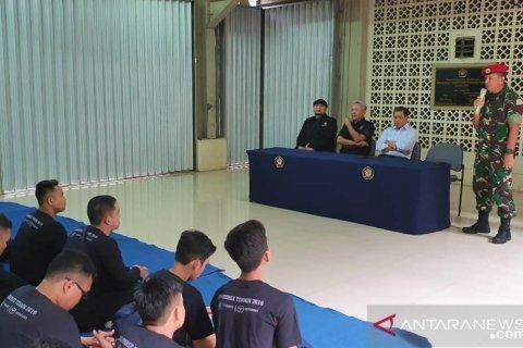 KOPASSUS beri pelatihan kepada mahasiswa FTUP