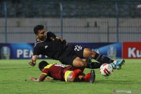 Persik lawan Bhayangkara FC