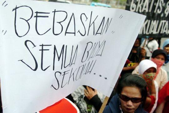Dana pendidikan gratis Rp33,003 miliar Makassar dipotong