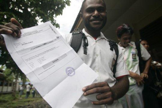 UNBK siap dilaksanakan di sekolah rujukan Kabupaten Mimika-Papua