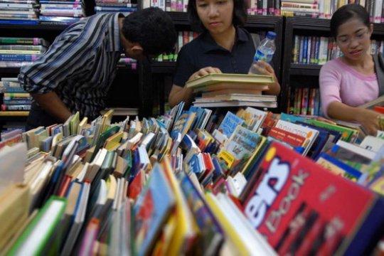 Hermawan Sulistyo: Buku untuk Sekolah Sebaiknya Selektif