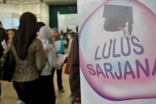 """UPN Veteran Yogyakarta luluskan ratusan wisudawan berpredikat """"cumlaude"""""""