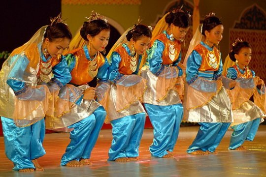 4.000 anak pecahkan rekor menari zapin di Jambi