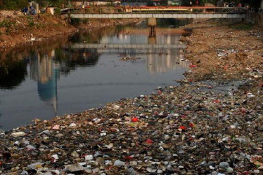 Air kotor tempat perkembangbiakan nyamuk malaria