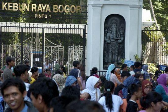 Kebun Raya Bogor diserbu pengunjung