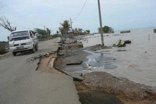 Pulau Bengkalis Menciut Akibat Abrasi