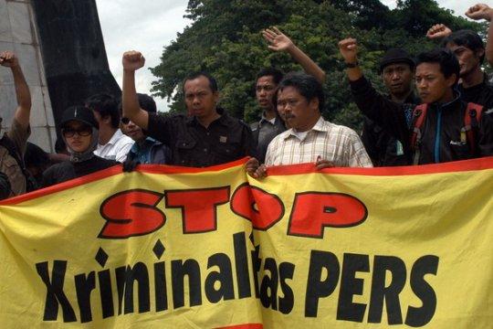 LBH Pers: Polisi Usut Pelaku Penusukan Wartawan