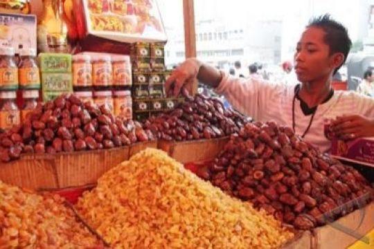 Kurma madu paling laris di Pasar Tanah Abang