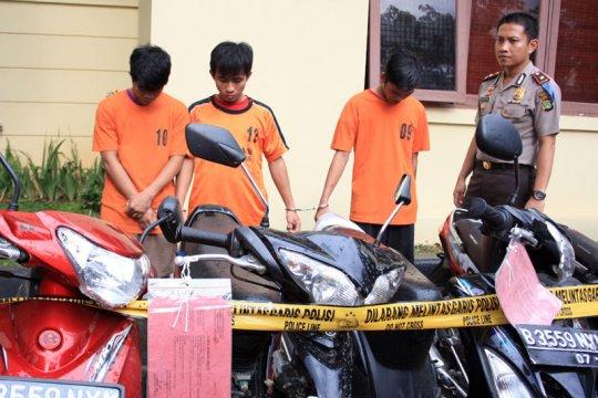 Gembong Pencuri Motor Tangerang Ditembak