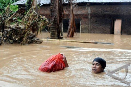 Ratusan anak korban banjir Gowa mendapat bantuan pemulihan trauma