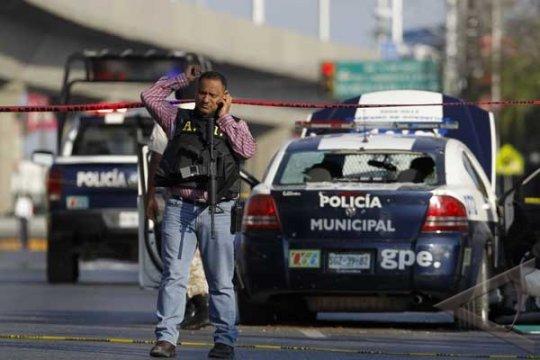 Sepuluh orang tewas dalam baku-tembak di Meksiko