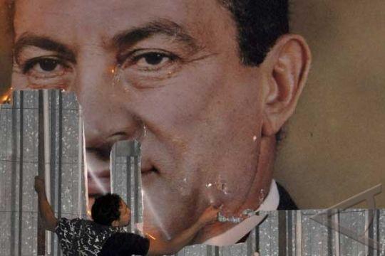 Mubarak Tugaskan Tentara Untuk Bantu Polisi