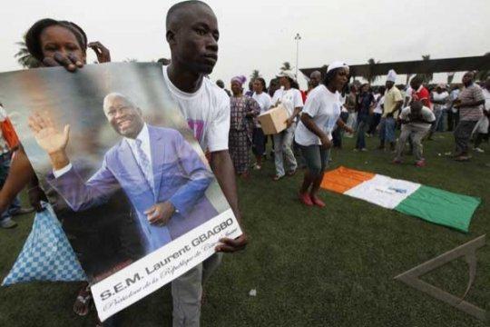 Baku-tembak di Pantai Gading