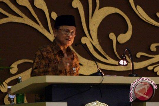 Di Yogyakarta, Habibie Sebut Kebangkitan Teknologi Indonesia