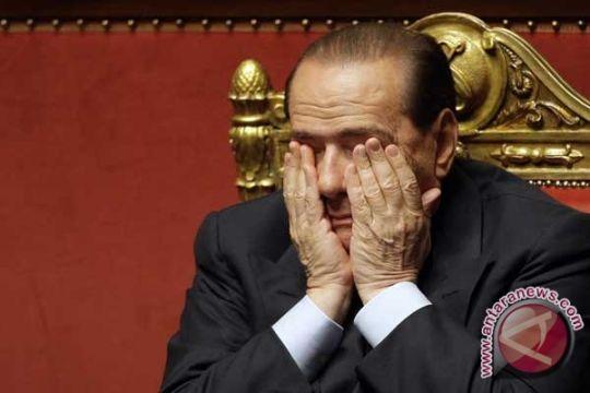 Silvio Berlusconi mulai kerja sosial 9 Mei