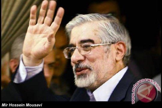 Pemimpin oposisi Iran bandingkan Pemimpin Tertinggi dengan Shah