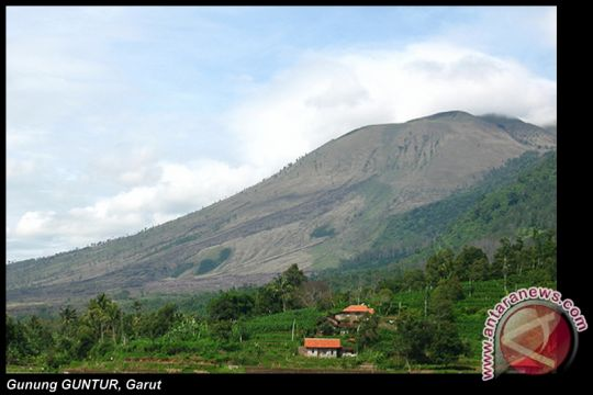 Gunung Guntur pernah 21 kali meletus