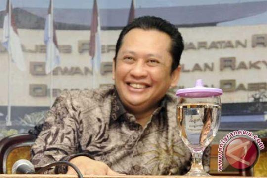 Golkar ragu buku SBY kembalikan kepercayaan masyarakat