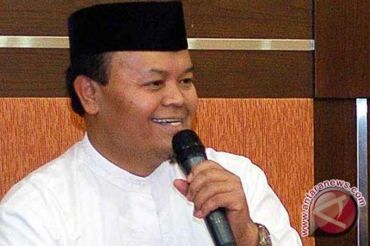 Hidayat: Bambang Harus Klarifikasi Pernyataannya