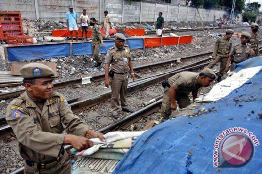 Jalur KA Tanjungpriok-Kota akan diaktifkan kembali