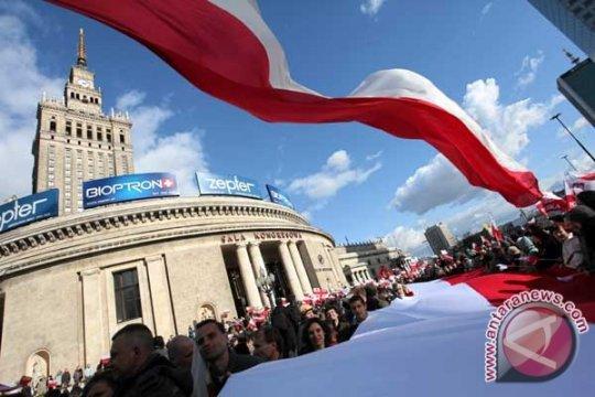 Ketua DPR Polandia mundur karena gunakan pesawat pemerintah