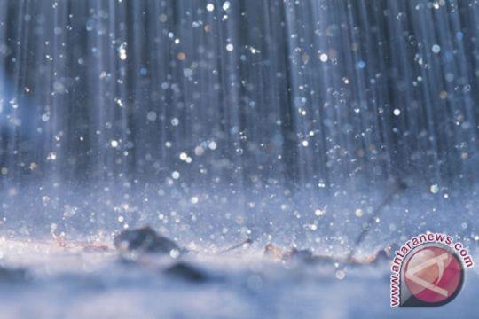BMKG: hujan lebat masih berpotensi di pegunungan tengah Jateng