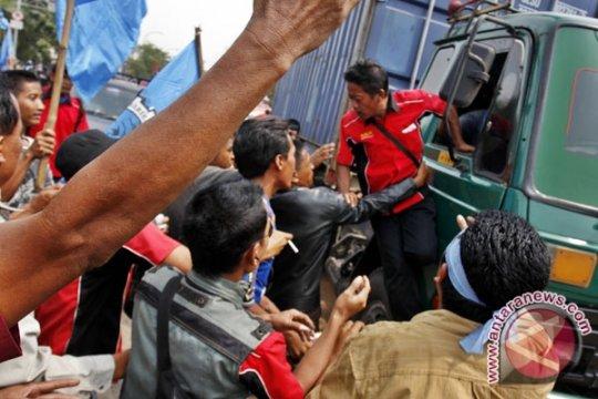 Polrestro Jakut periksa 24 orang diduga terkait pungli