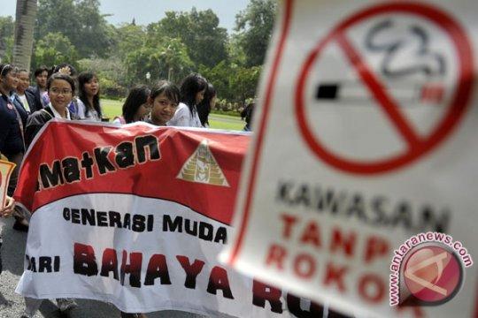 Puluhan mahasiswa Australia riset gerakan menolak rokok di Ambon