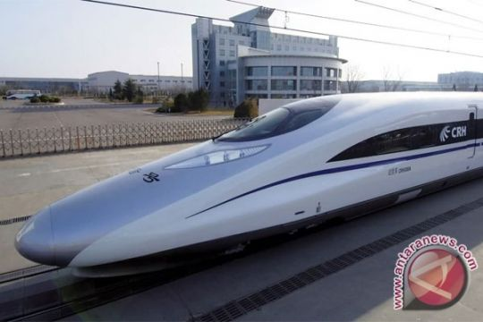 Pakar transportasi UI usulkan pembangunan KA cepat Jakarta - Surabaya
