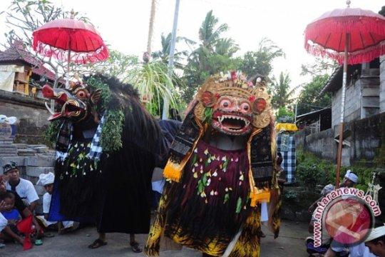 Pasar Seni Sukawati Tak Berlakukan Komisi Pramuwisata