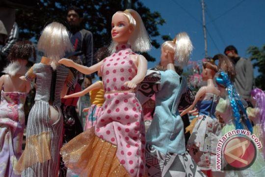 Tenun ikat Didiet Maulana jadi pakaian barbie
