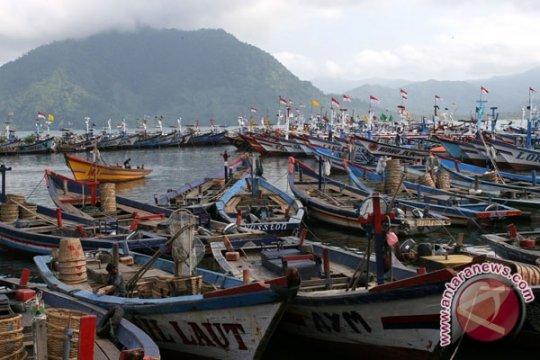 Trenggalek latih warga pesisir menjadi kader tanggap tsunami