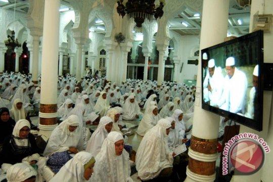 "Polisi Bangka Barat bantu budayakan ""Maghrib Mengaji"" anak pesisir"