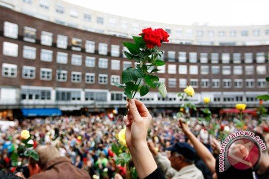 100 Ribu Orang Pawai Anti Kekerasan di Oslo